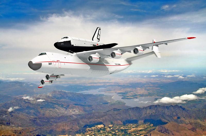 俄罗斯安-225运输机运输暴风雪号航天飞机