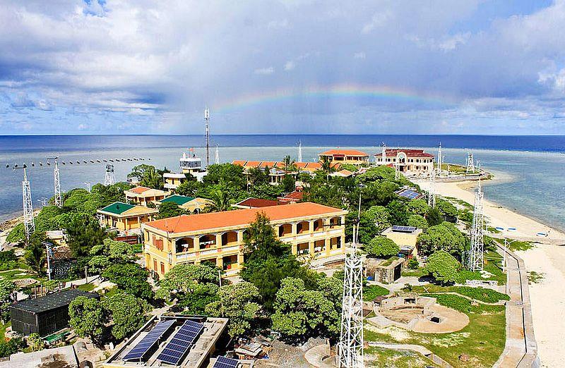剪辑 (2)南沙群岛之南薰礁 - 一蓑烟雨任平生 - 一蓑烟雨任平生的博客