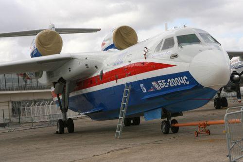 世界最大两栖飞机:俄军方首次订购(组图)【3】