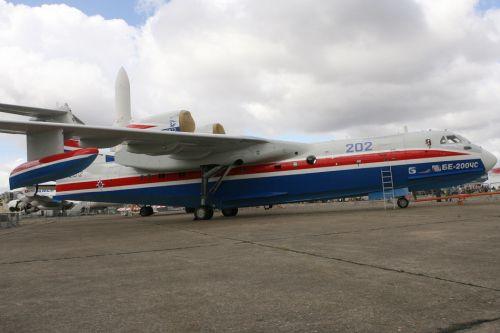 世界最大两栖飞机:俄军方首次订购(组图)【5】