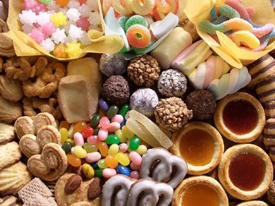 尝试各种各样稀奇古怪的糖果