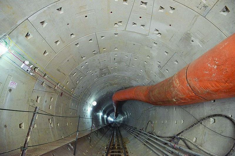 隧道钻土机简笔画