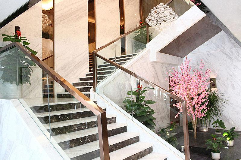 楼梯护墙板cad图纸