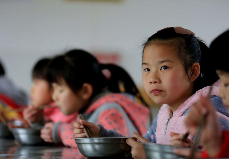 柳州受惠免费午餐受益面扩大人民超18万人--小学乐学生深圳