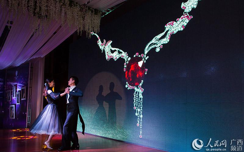 触手可及的星辰广西锦社私人定制珠宝新品展南