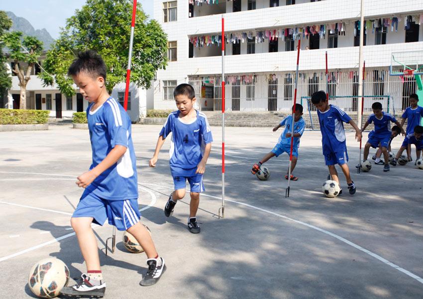 大化:乡村少年宫丰富学生课堂生活