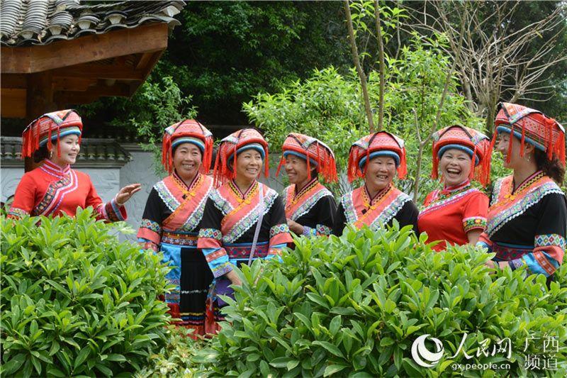 广西恭城办三月三民间山歌会 唱出瑶乡好声音