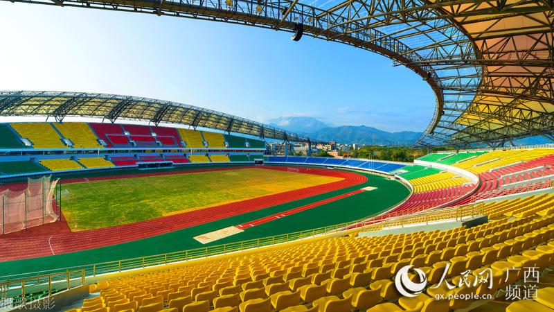 贵港体育中心建成投入使用--人民网广西频道--人民网