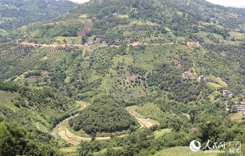 高清组图:广西隆林山区秋色美景美不胜收