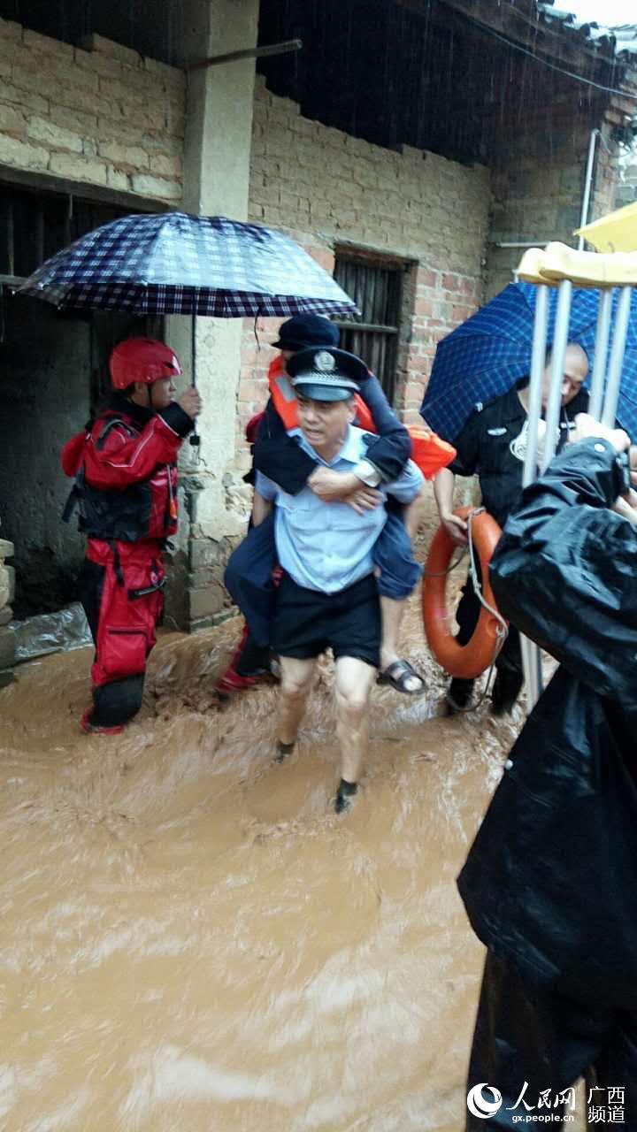 广西北大门:全州众志成城抗灾保家园