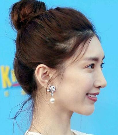 这个女星真的美哭了!谭松韵赵丽颖发型都爱减姬发怎么扎图片