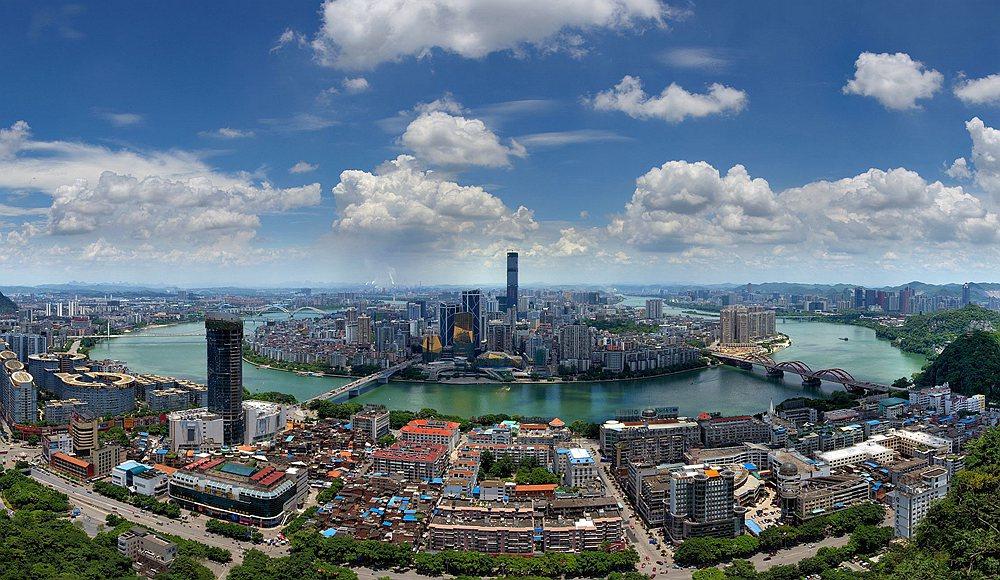 123/ 123广西北海市侨港镇电建渔港和北海国际客运港 123/ 123动车在