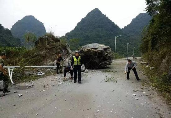 2级地震 百色,靖西警方紧急行动