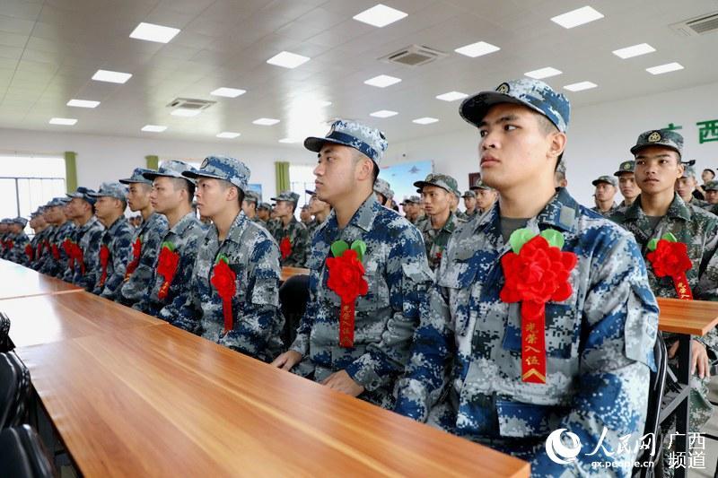 邕宁区举行欢送新兵仪式 138名青年光荣入伍