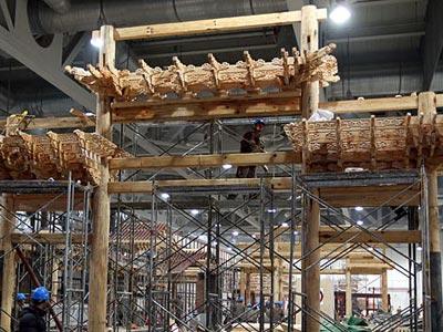会中国馆内18个省区市的展馆顺利实现了主体结构完工